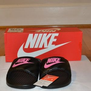 New with Tags and Box Nike Woman's Benassi Jdi